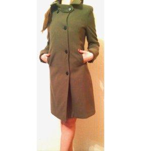 Новое пальто 44 размер (s)
