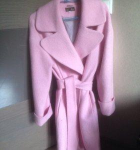 Пальто розовое oversize