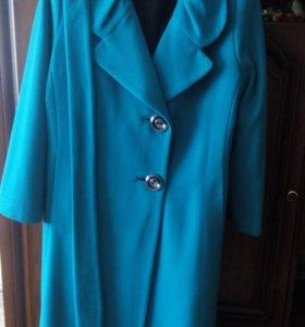 Пальто женское р-р 54