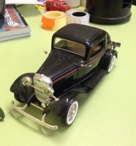 Модель 1:24 Ford 1932г.в.