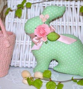Пасхальный Кролик -Интерьерная игрушка.