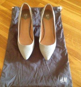 Продаются туфли H&M