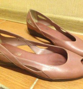 Туфли женские (кожа)