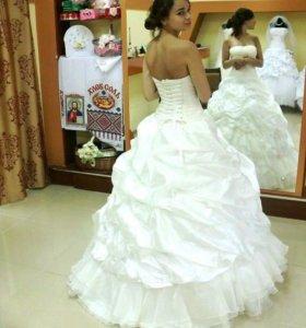 Платье свадебное новое