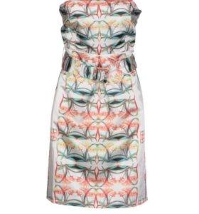 Платье новое. Размер 46. Италия