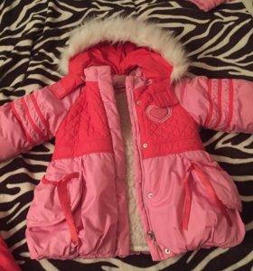Куртка для девочек 4-6г как новый