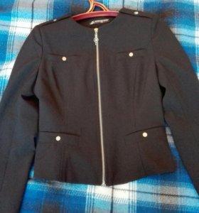 Продам легкий пиджак