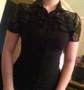Чёрная рубашка с гипюром
