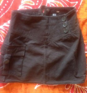 Коротенькая вельветовая юбочка на 44 р-р