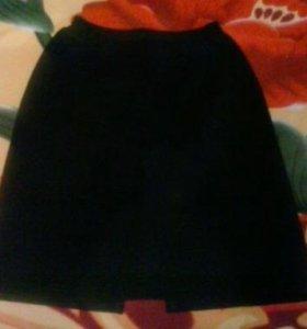 Черная шерстяная юбка,классика (р-р 44)
