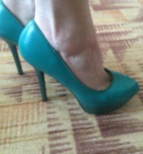Туфли размер 37.5.