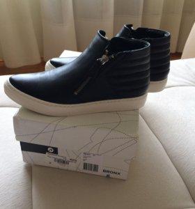 Ботинки Bronx 36,5