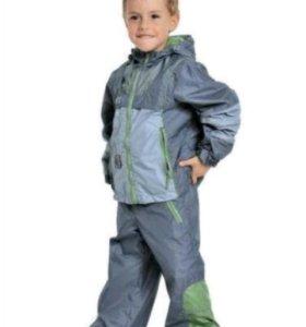 Новый ветровочный костюм на 3 года