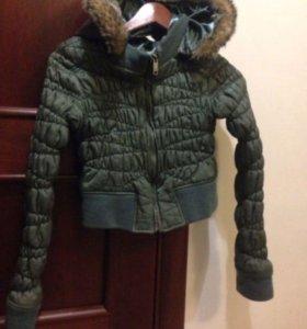 Укорочённая утеплённая курточка
