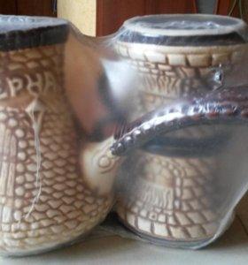 Кофеварка и 2 кружки