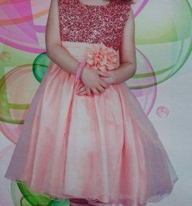 платье на девочку праздничное.