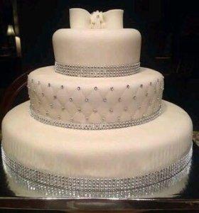 Торт на свадьбу.