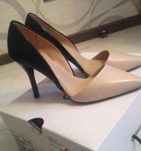 Новые туфли Aldo, р. 36