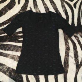 Чёрная футболка с принтом солнечных очков