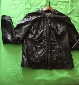 Женская кожаная куртка. Размер 44-46
