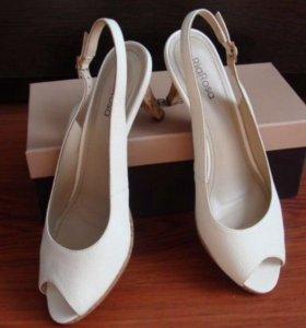 Туфли кремовые новые