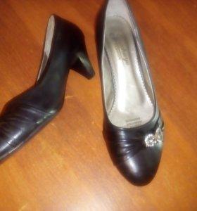 Туфли женские 39 р.