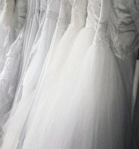 12 новых свадебных платьев.
