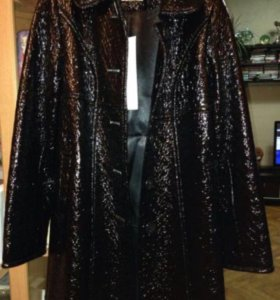 Новое демисезонное пальто. Р-р: 44-46