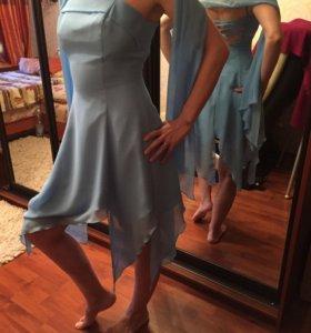 Платье со шнуровкой на спине, 42-44 размер