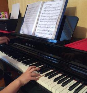 Репетитор по фортепиано ,сольфеджио и вокалу .