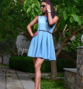 Новое трикотажное платье голубого цвета