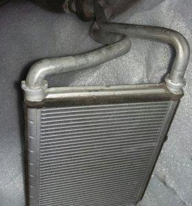 Радиатор печки Тойота Авенсис 2008г