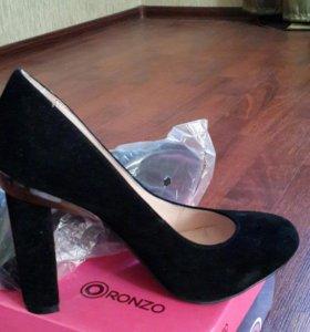 Туфли новые 37 размера