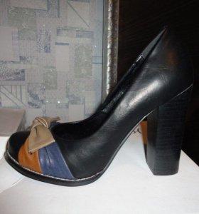 Туфли новые р38
