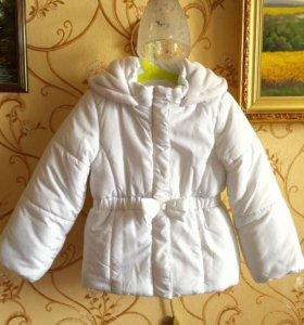 Новая! Куртка для девочки