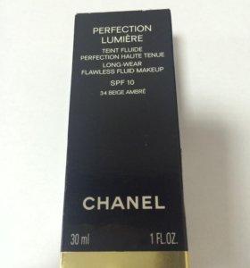 """Тональный крем Chanel """"Perfection Lumiere"""""""