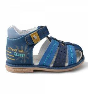 Новая обувь сандали ТомМики