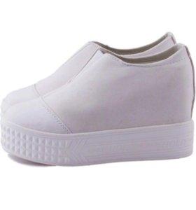 Ботинки женские слипоны 38р-р