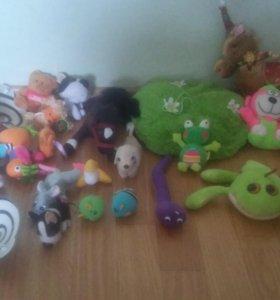 Маленькие мягкие игрушки для поделок.