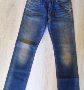 Новые джинсы Guess 30 размер (оригинал)