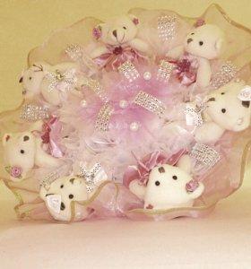 Букеты ручной работы и мягкие Мишки