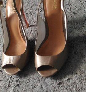 Туфельки 36 размера
