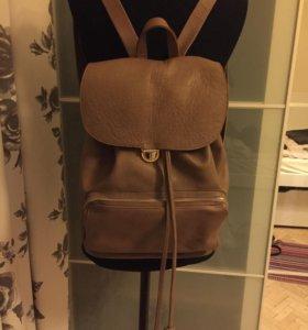 Рюкзак кожаный дизайнерский
