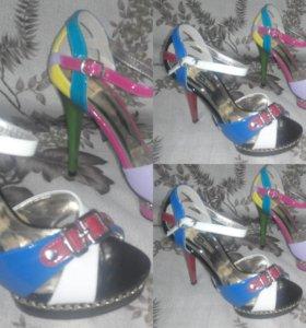 Удобные, Красивые, Суперские туфли на каблуке.