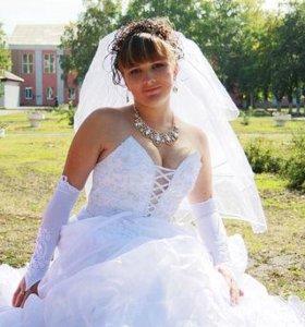 Продается свадебное платье р46-48