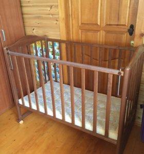 Детская кроватка с матрасом бу 3 месяца