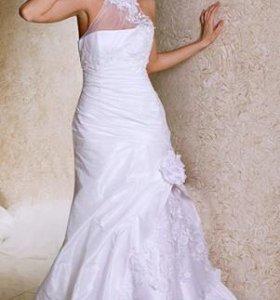 Свадебное платье + туфли и сумочка