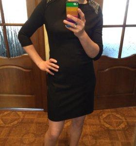 Платье Zara 42 р-р