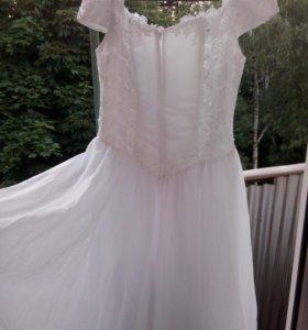 Свадебное платье б/у 44-46 размер