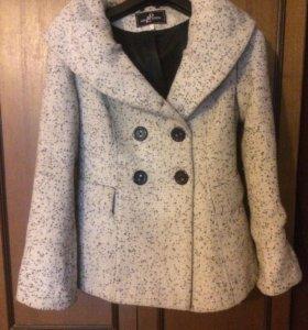 Пальто весенне